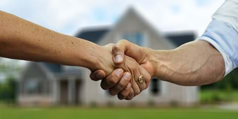Selling Property in Cairns: How to Choose the Right Real Estate Agent | Conveyancing Solicitors